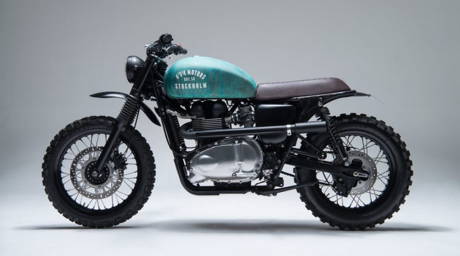 green scrambler motorcycle - 6/5/4 custom triumph Bonneville 10 scrambler side view left