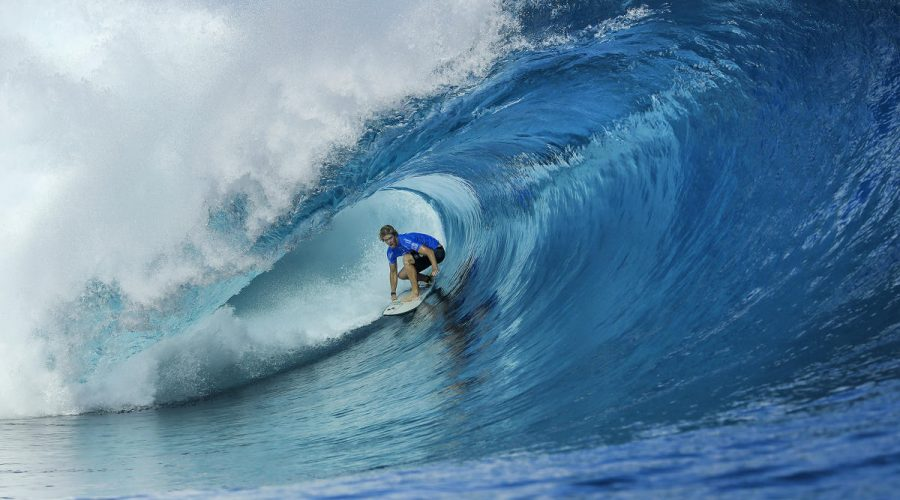 Outerknown Fiji Pro - outerknown by Kelly Slater and john john Florence surfing at WSL outerknown fiji pro | SEIKK Magazine