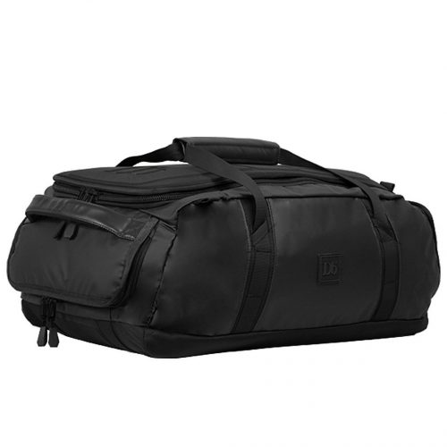 Mens douchebags The Carryall 40L Travel Bag in Black Out