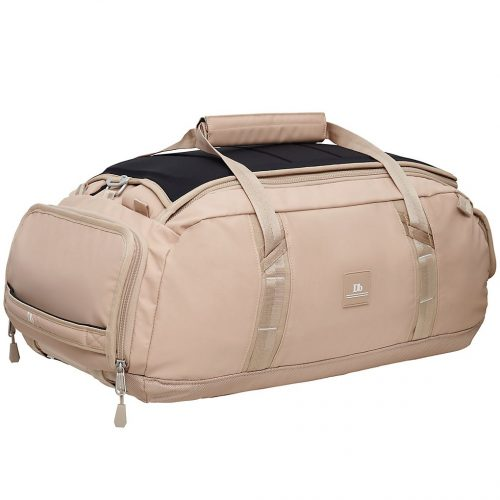 Mens douchebags The Carryall 40L Travel Bag in Desert Khaki