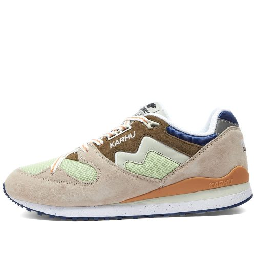 Mens Karhu Synchron Classic Sneakers in Rainy Day and Foggy Dew