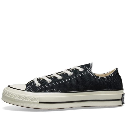 MensConverse Chuck Taylor 1970s Ox Sneakers in Black Canvas